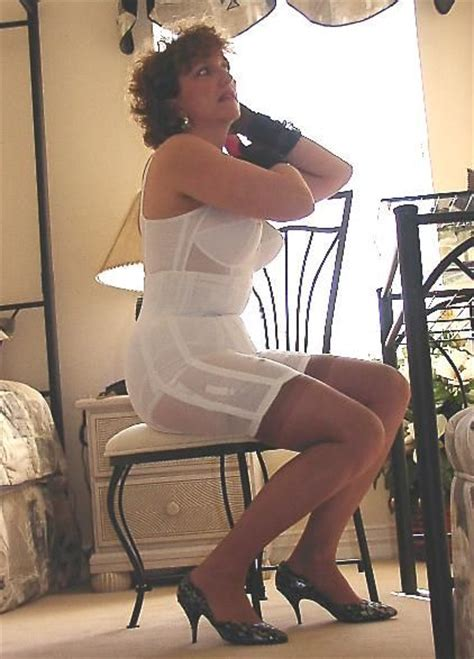 i love girdles mieder nylon tumblr 80 best images about things i would love to wear on pinterest
