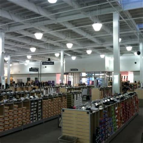 shoe warehouse sale dsw designer shoe warehouse 30 photos 39 reviews