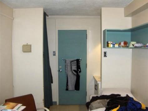 chambre université laval corridor to washrooms picture of residences universite