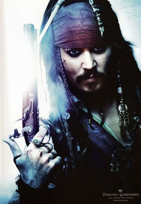 latest hollywood hottest wallpapers johnny depp jack sparrow johnny depp as captain jack sparrow