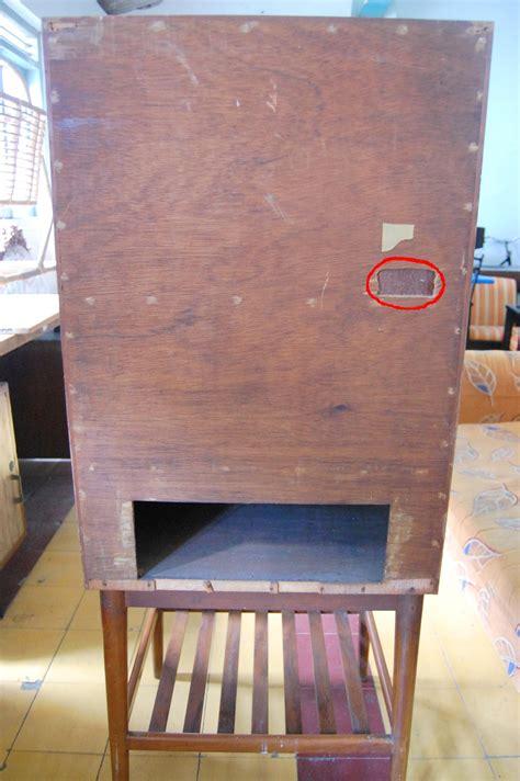 Tv Yang Paling Kecil lemari tv kuno barang antik barang antik indonesia barang antik yang paling dicari