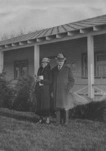 Mystic River Historical Society: Virtual Exhibits