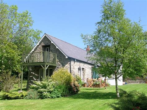 cottages to rent with swimming pools cottages with pools or tubs rent self