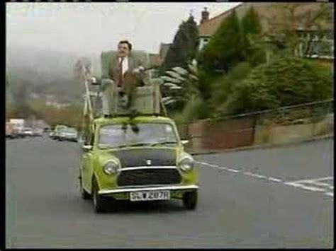 mr bean sofa on car mr bean mr bean driving on roof of a car