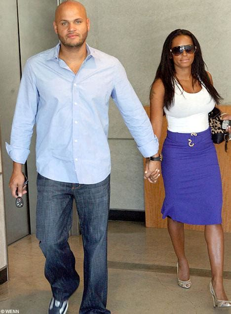 christa parker claims she had a five year affair with mel b revealed spice girl mel b s two year affair with two