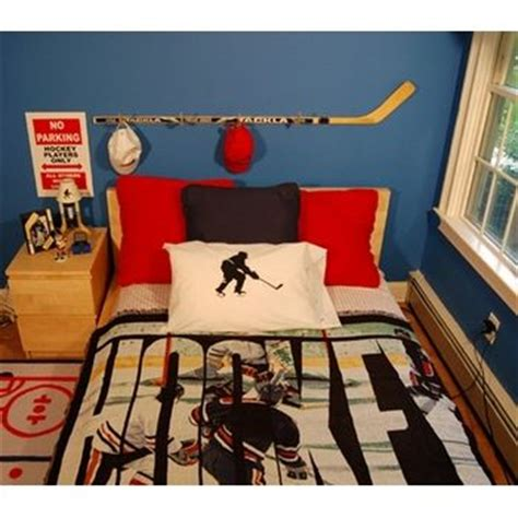 17 best ideas about boys hockey bedroom on