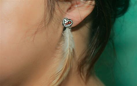how to make feather jewelry how to make feather earrings 12 steps with pictures