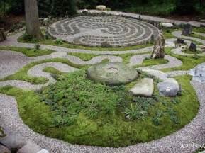 Decorative Garden Designs With Asian Taste Decor Iroonie Com Decorative Garden