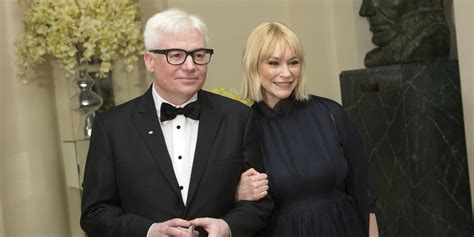 mike myers house mike myers michael j fox praise justin trudeau at white house state dinner