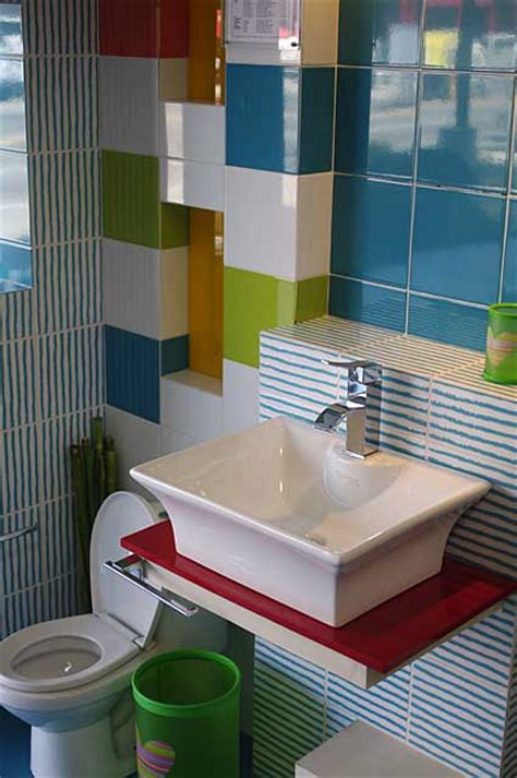Ideas For Bathrooms Remodelling kids bathroom photo example with vivid colors