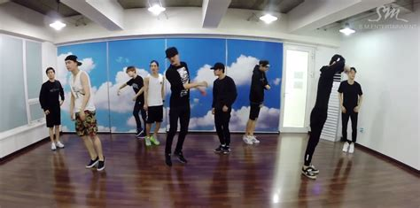 exo dance exo drops dance practice video for love me right soompi