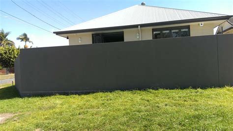 retaining wall side of house mt gravatt rendering charlie and sons rendering