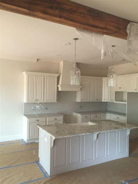 kitchen granite backsplash best 25 granite backsplash ideas on kitchen granite countertops small granite