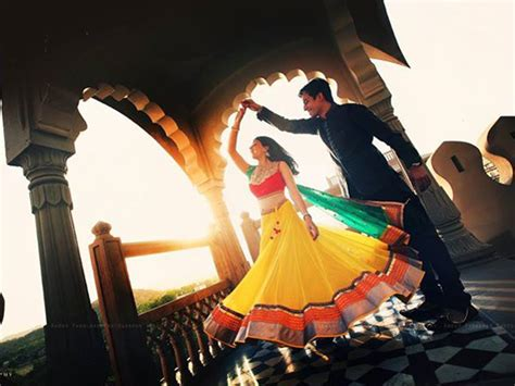 Wedding Photoshoot Poses by Pre Wedding Photoshoot Poses Ideas For Every Who Is