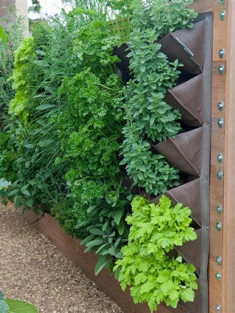 30 Small Garden Ideas Designs For Small Spaces Gardens Small Herb Garden Ideas