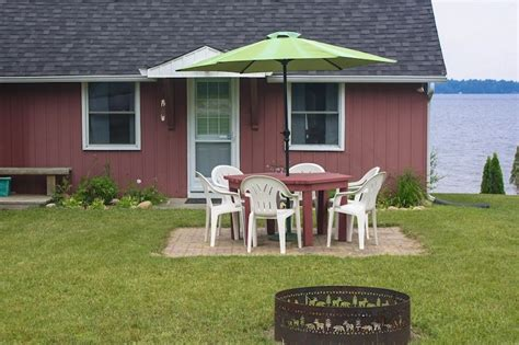 Cameron Lake Cottage Rental by A Vacation Cottage On Cameron Lake In Fenelon Falls