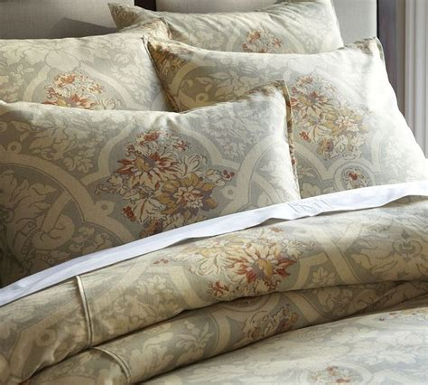 Cover For Comforter Is Called by 1000 Images About Pottery Barn Bedding On
