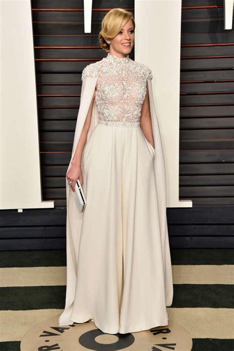 Elizabeth Banks Vanity Fair Oscar Elizabeth Banks 2016 Vanity Fair Oscar 08 Gotceleb