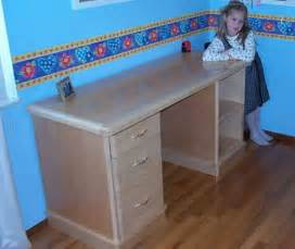 How To Build A Writing Desk by Woodworking Plans Writing Desk How To Build Diy