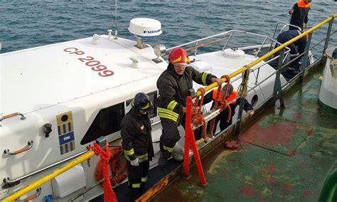 ufficio circondariale marittimo anzio la citt 224 di anzio roma esercitazione della guardia