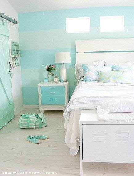 costal bedding 25 best ideas about beach cottage bedrooms on pinterest