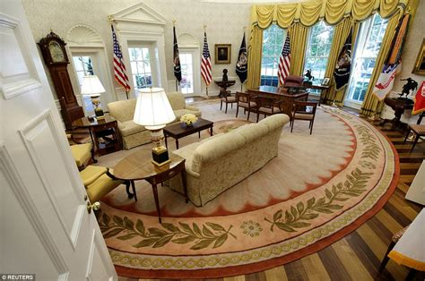 oval office renovation 2017 new photos reveal completed white house renovations