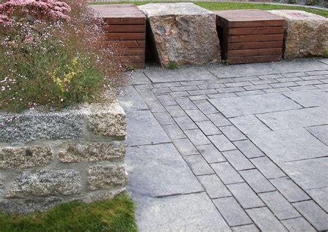 terrassenplatten bilder terrassenbelag aus natursteinplatten terrassenplatten und