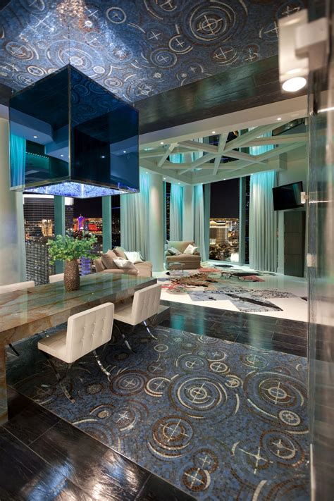 modern luxury penthouses las vegas veer city center penthouse by mark tracy homedsgn