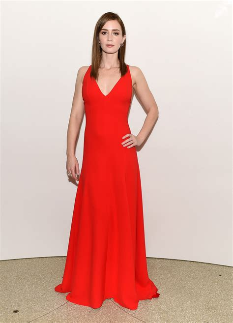 Emely Dress emily blunt evening dress emily blunt looks stylebistro
