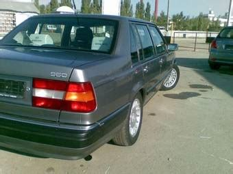 volvo  wallpapers  gasoline fr  rr automatic  sale