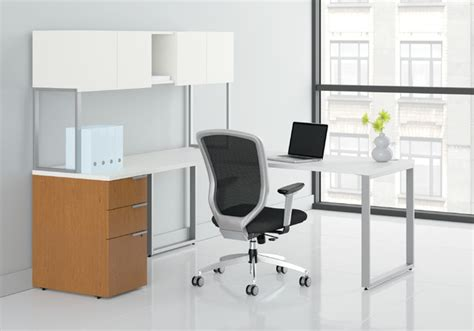 Modern Desk Hutch Hon Voi L Station Stack On Hutch And 1 Pedestal Modern Desks And Hutches By Rulers