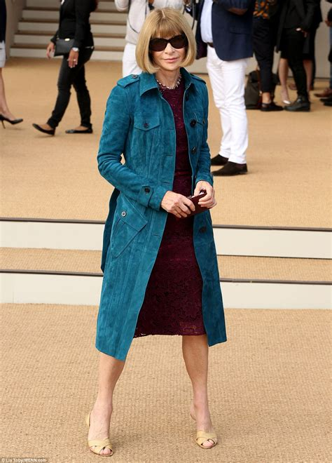 Wintour Wardrobe by Get Your Front Row Seat For Burberry Right Here Femail