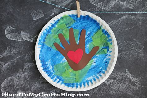earth crafts for paper plate earth day kid craft glued to my crafts