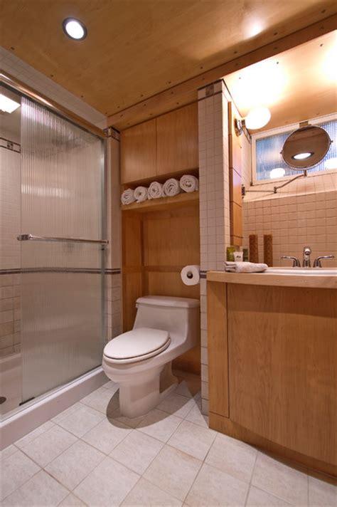 extra storage   toilet  practical ideas