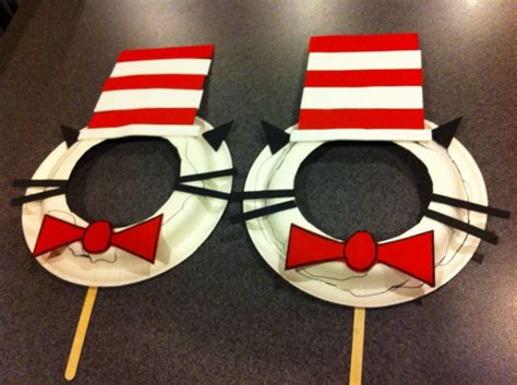 hat craft best 25 cat in the hat ideas on