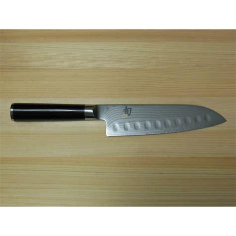 shun dm0718 shun classic 7 quot damascus hollow ground santoku knife dm0718