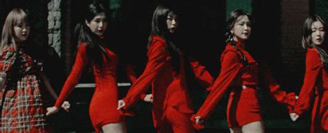 download mp3 red velvet peek a boo 5 things we loved about red velvet s quot peek a boo quot mv soompi