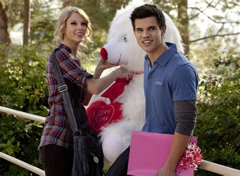 s day with and lautner lautner acepta que le compuso cancin