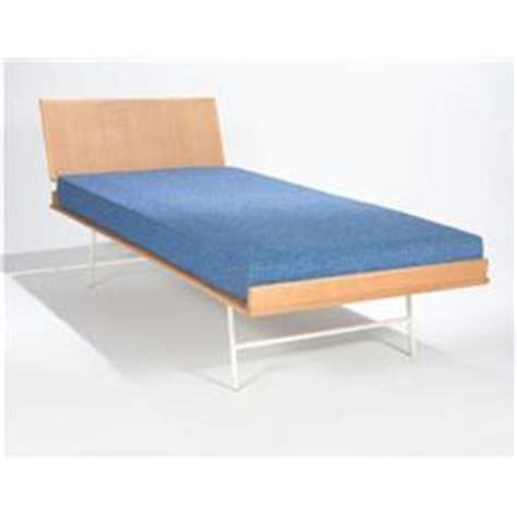Thin Mattress For Bunk Bed George Nelson Thin Edge Bed