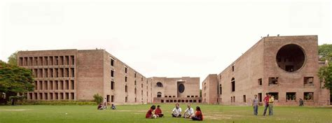 Ahmedabad Mba by Top Mba Colleges In India 2017 To Enroll In Biggedu