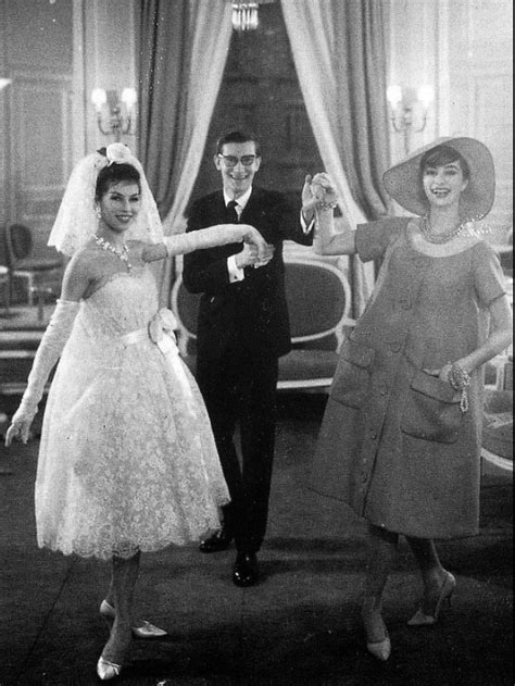 Brautkleider Yves Laurent by 1958 Yves Laurent With Victoire In Wedding Dress And
