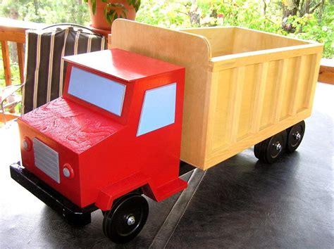 love  toy box idea toy box plans boys toy box diy