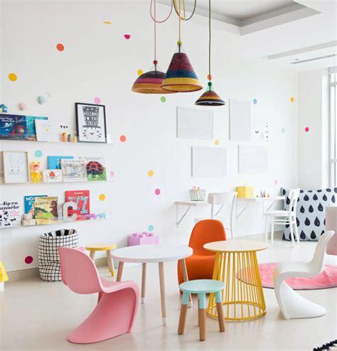 idee arredo cameretta stupenda cameretta per bambini luminosa e giovanile con