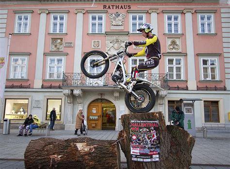 Motorrad Trial Reifendruck by Arena