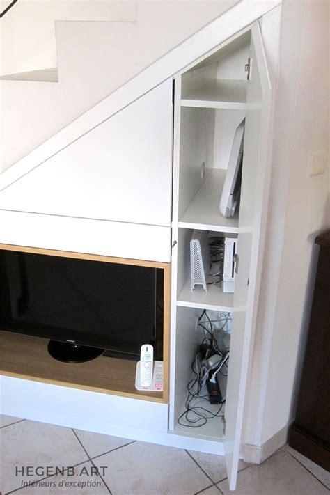 Supérieur Tiroir Sous Meuble Cuisine #3: Meuble-tele-agencement-sous-escalier-gain-espace-rangement-sur-mesure-menuiserie-Hegenbart-Aix-en-Provence.jpg