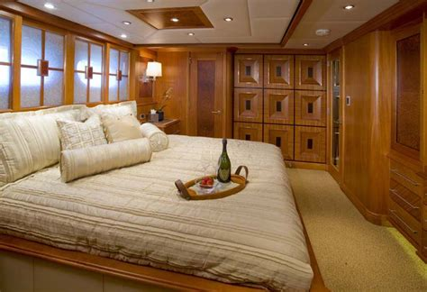 How Big Is A Xl Bed by Review 161 Quot Destination Fox Harb R Quot Page 2 Yachtforums
