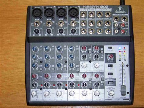 Mixer Audio Behringer 1202 behringer xenyx 1202 image 79098 audiofanzine