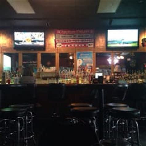 sports bars lincoln ne captain s bar sports bars 140 n 12th st lincoln