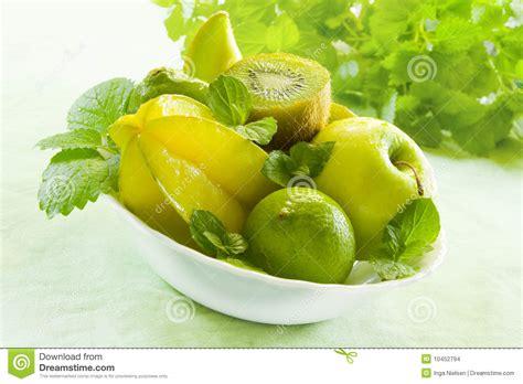 imagenes frutas verdes frutas verdes imagenes de archivo imagen 10452794