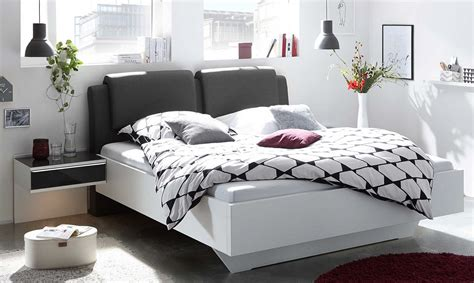 auping bettwäsche schwarz mit lila farbe wohnzimmer